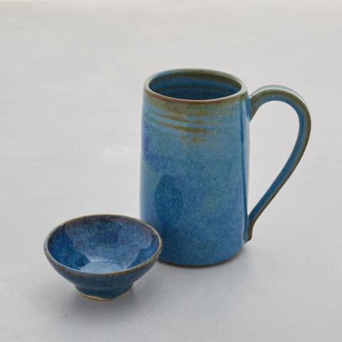 Isabella Lepri Floating blue mug